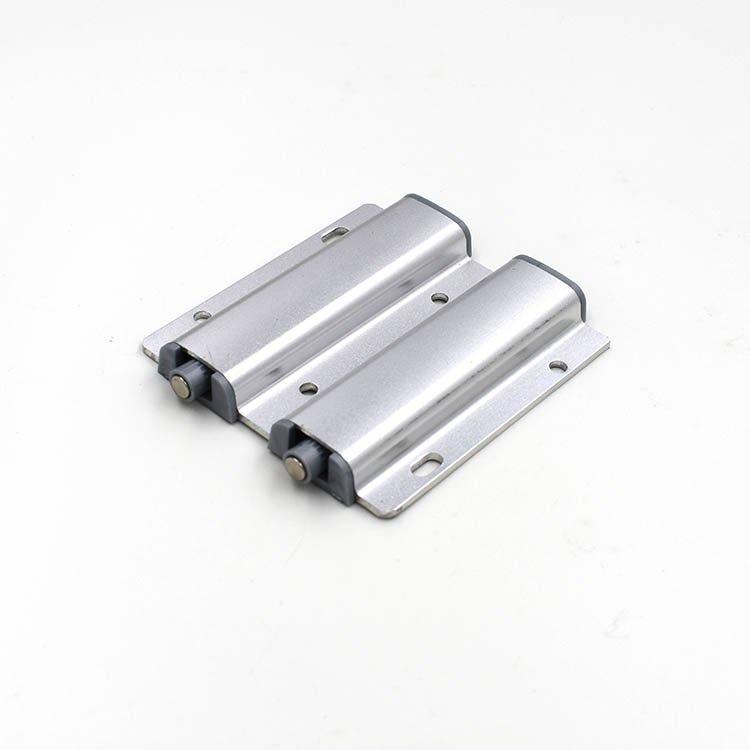 柜门反弹器 大力磁碰 衣柜木门反弹器 暗藏弹射器 金属外壳反弹器 KR-833